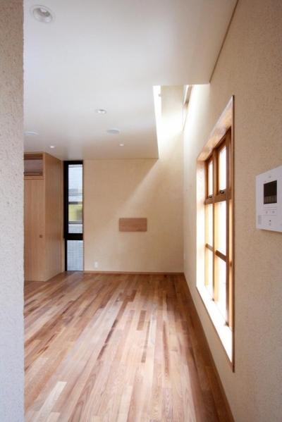 市ヶ谷の家(中庭形式の都市型2世帯住宅・外断熱の家) (2階、リビング)