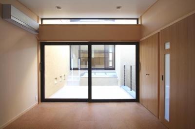 2階、子供室・中庭 (市ヶ谷の家(中庭形式の都市型2世帯住宅・外断熱の家))