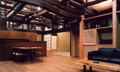 茨城の民家再生 (ダイニングキッチンを見る)