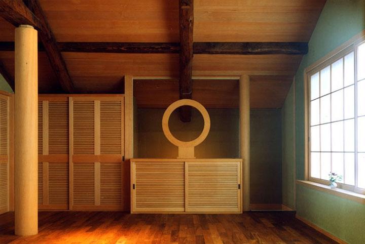 岡谷の民家再生の部屋 入口部分