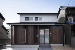 吉之丸の家 (切妻屋根の外観)
