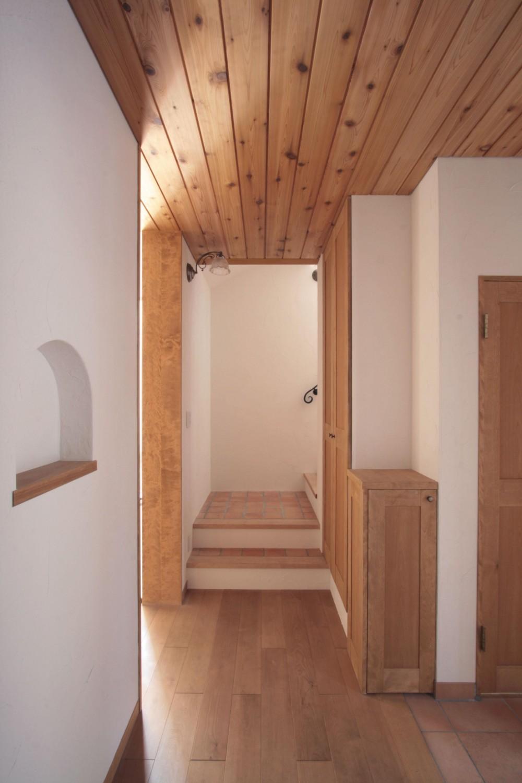 北烏山の家(庫裏、外断熱の2世帯住宅) (玄関)