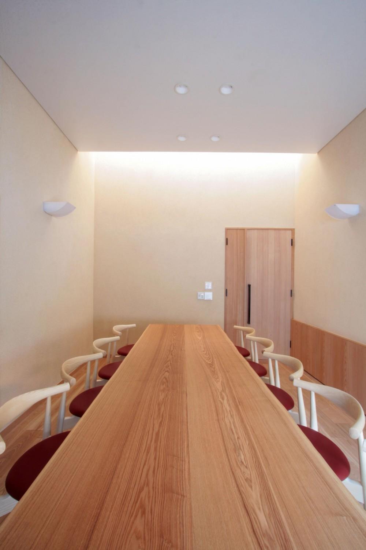 北烏山の家(庫裏、外断熱の2世帯住宅) (応接室(出入口・北面))