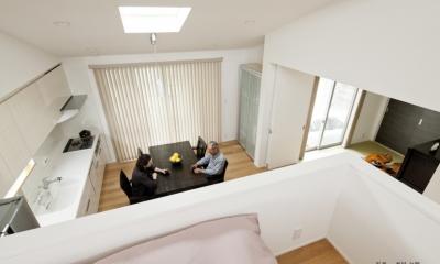 若林の家 (寝室、DK)