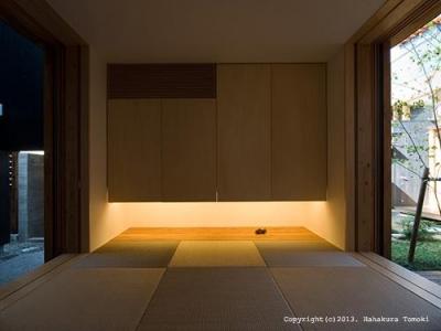 琉球畳を敷き詰めた和室 (内原の家)