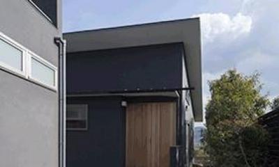 玄関アプローチ|貴志川の家 Ⅰ 増築