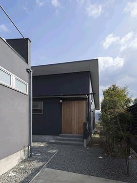 貴志川の家 Ⅰ 増築 (玄関アプローチ)
