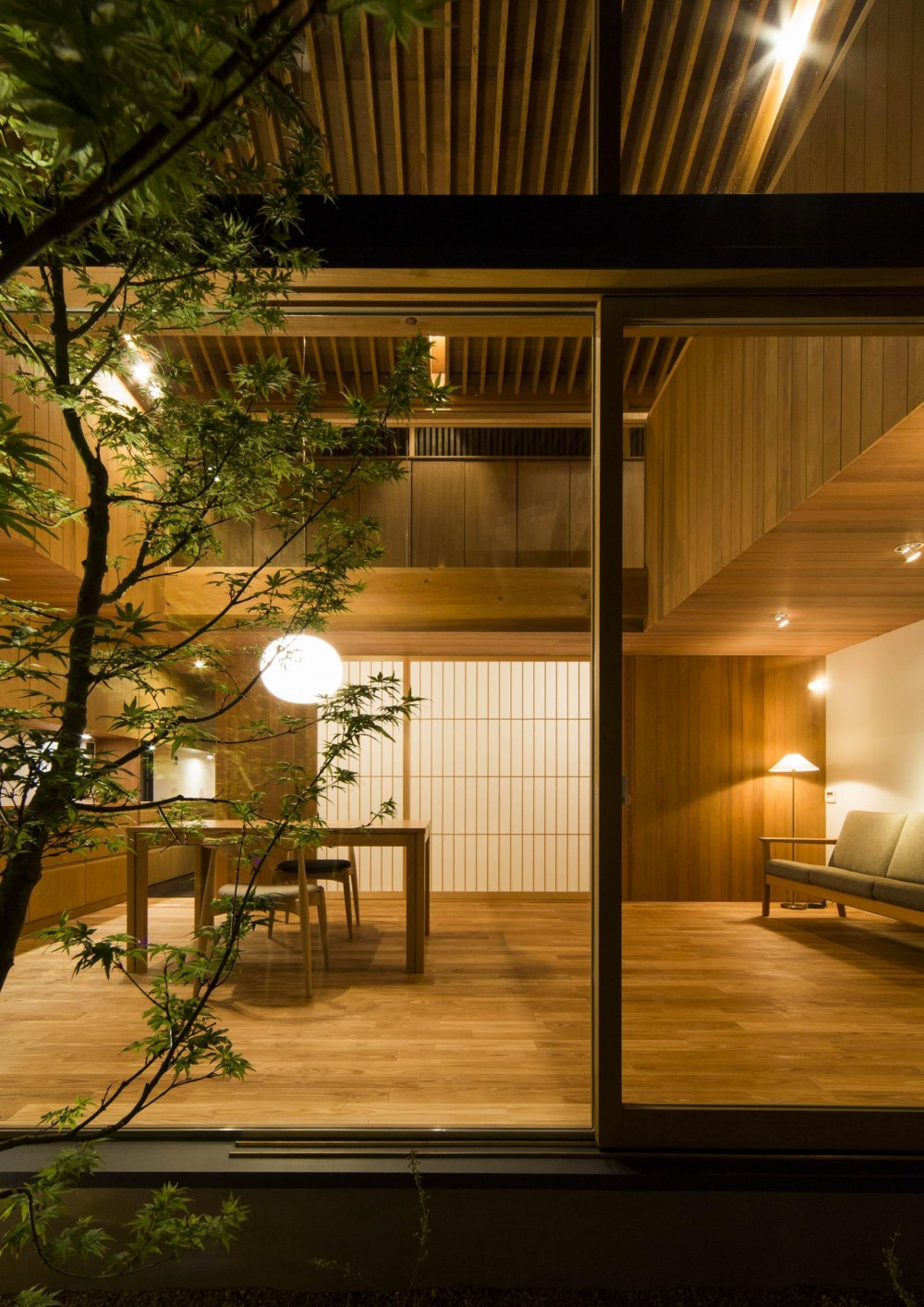 箕面の住宅3 (中庭)