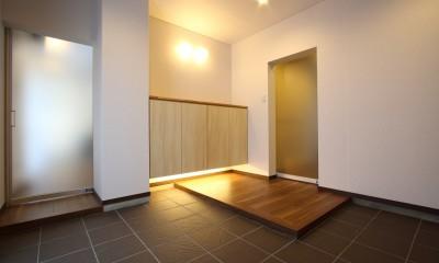 「バリアフリー」と「心地よさ」をかなえた シニア向けリフォーム:コンクリート住宅のリノベーション (玄関ホール2)