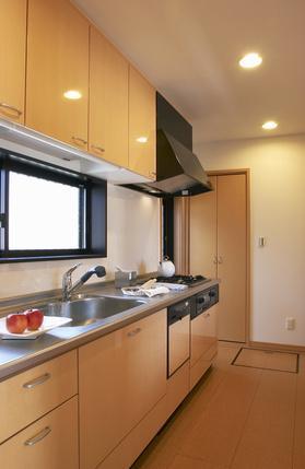 旧家住宅の減築リフォームの設計の写真 使いやすいキッチン