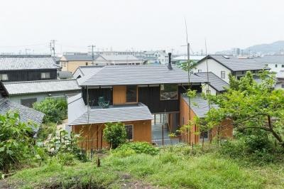 外観 (おかやまのいえ ー里山や隣近所との繋がりを住み継ぐ家ー)
