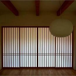 竹林の家 (格子 close)