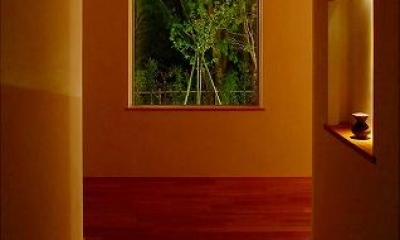 竹林の家 (玄関ホール (夜間))