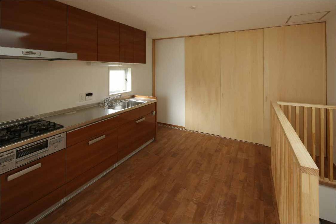 二門開口の家の写真 リビング・キッチン (間仕切close)