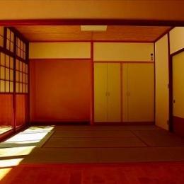 知多の家 (日差しのある和室)