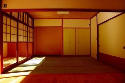 日差しのある和室 (知多の家)