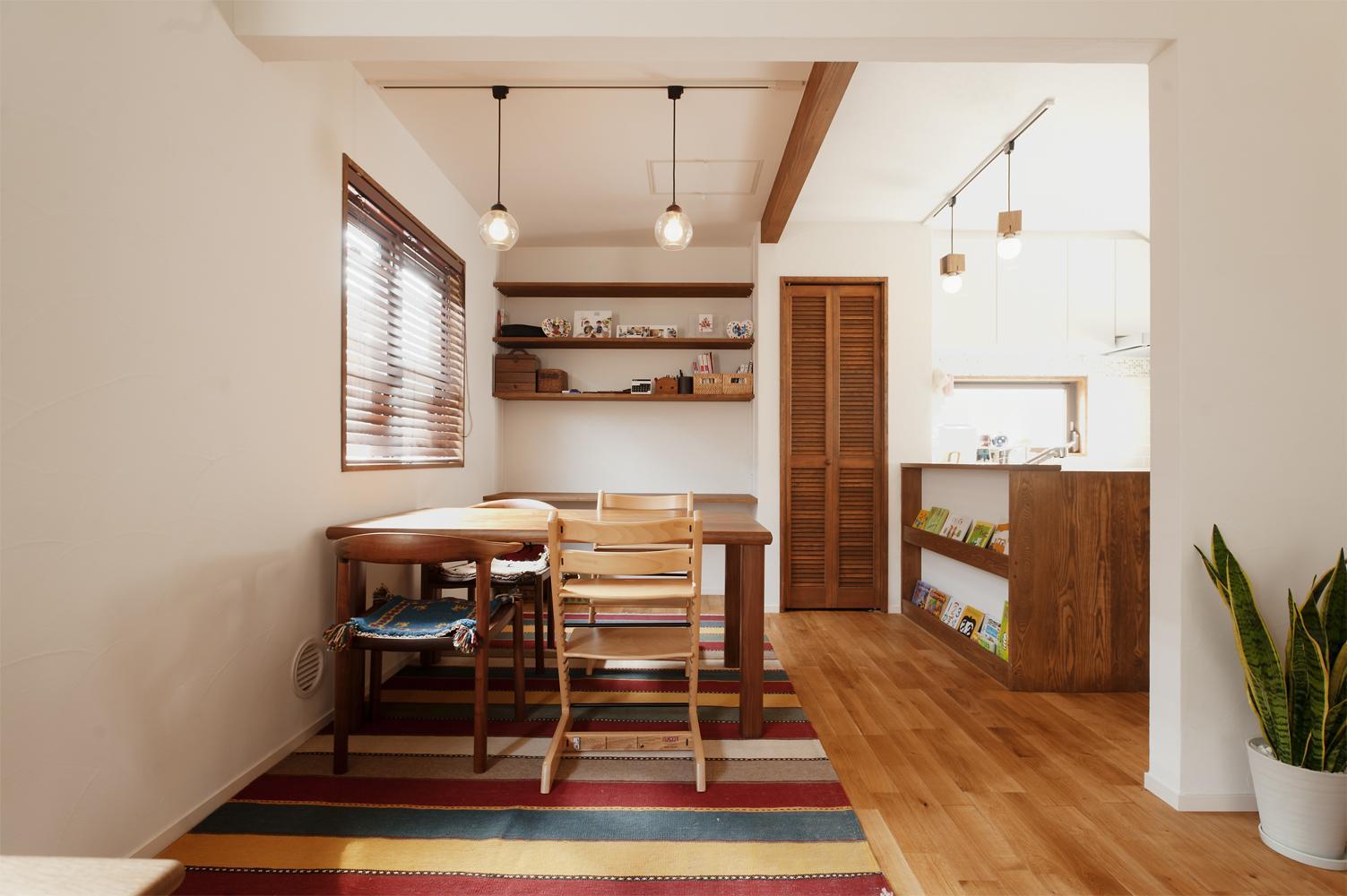 y邸・子ども達のために 自然素材で楽しくリノベーションの写真 ダイニングキッチン