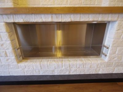 煙突の要らないエコ暖炉造作工事 (エコ暖炉 2)