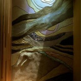 美浜の家 (トップライトから光が降り注ぐ空間)