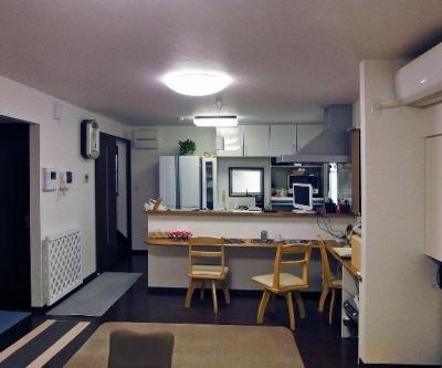 キッチンカウンターのある空間 (住みながら減築リフォーム)
