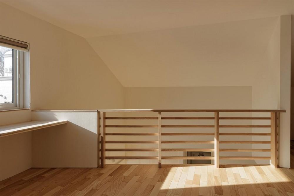 段差を繋ぐ家 (2階ホール 2)