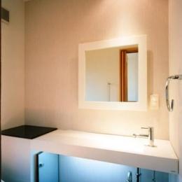 46坪・2階建て:2世帯住宅 (カッコよくてくつろげるトイレ)