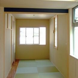 46坪・2階建て:2世帯住宅 (リビングと自然に溶け込む和空間)