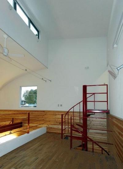 70坪・2階建て1階はRC造、2階木造の混構造・高仕様 (ガレージ上の接客スペース)