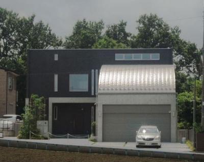70坪・2階建て1階はRC造、2階木造の混構造・高仕様 (ガレージングハウス)