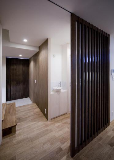Δハウスの部屋 1F 廊下