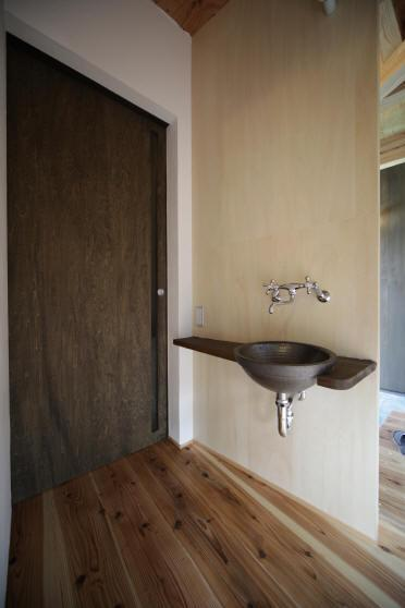 ウイングハウスの部屋 1F たたみ室前の洗面