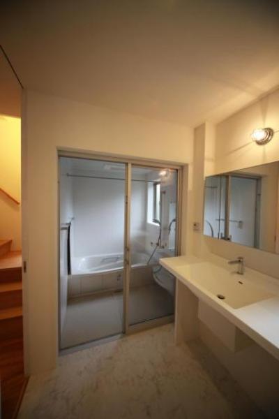Flapハウス (1F 洗面所・浴室)