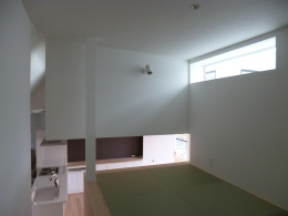 KRYM-元住吉の医院併用二世帯住宅 (落ち着いた和室)