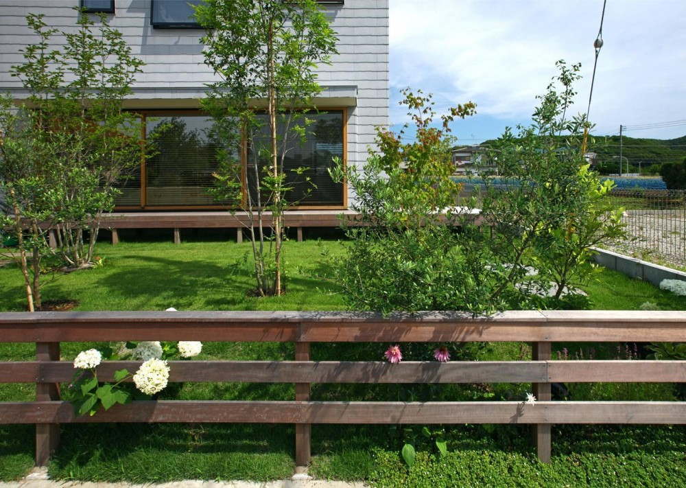 キナリの家 (庭)