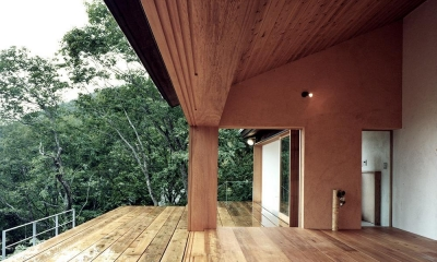 蓼科高原の家|大開口から八ヶ岳が一望できる週末住宅