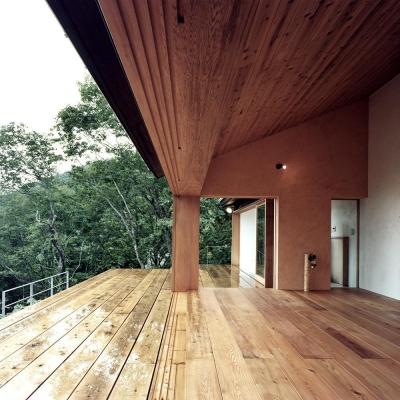 木の香る週末住宅|木造のリノベーション 構造設計家の協力で大開口実現 (蓼科高原の家|大開口から八ヶ岳が一望できる週末住宅)