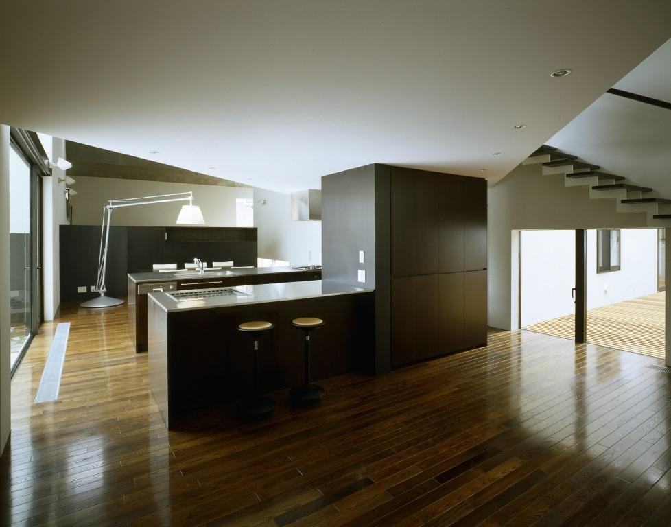 四連の家の部屋 カウンターキッチンのある空間