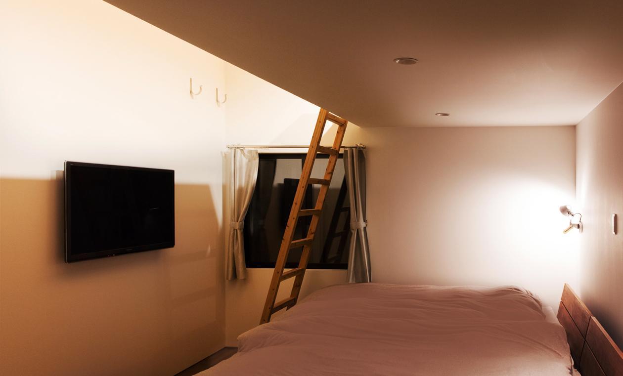 IWSの部屋 ロフトのあるベッドルーム