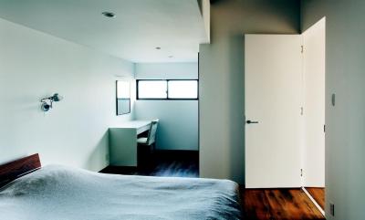 IWS (白を基調としたベッドルーム)