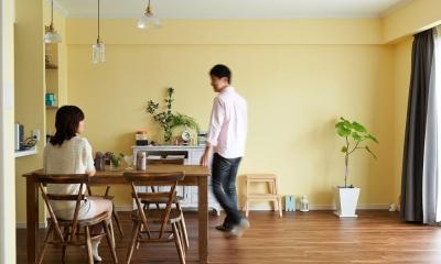 部屋によって壁の色を楽しみたい。クラシカルフレンチのような雰囲気の空間