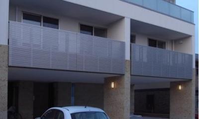 SAT-HOUSE (ピロティのある3階建て住宅 1)