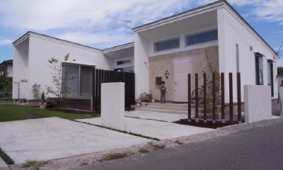 SD-HOUSE (白い外観)
