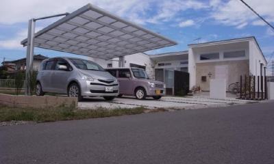 SD-HOUSE (カーポート・白い外観)
