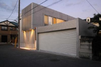 TU-HOUSE (ガレージ・外観)