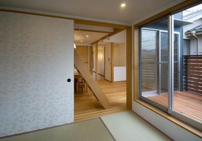 和室からダイニングキッチン (suijin_House)