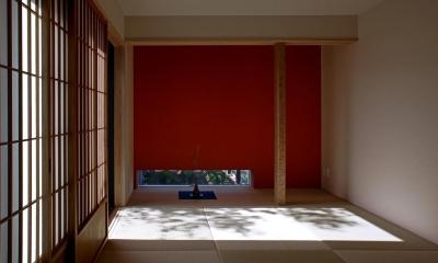 ウッドデッキに連続する和室|書斎茶藝館