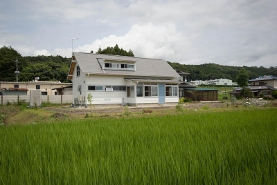 goma_House (遠方から見た外観)