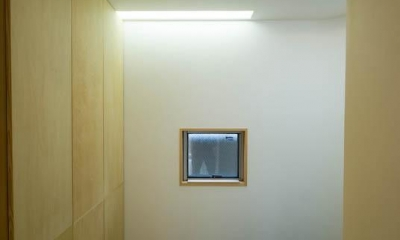 0676_House-01 (玄関)