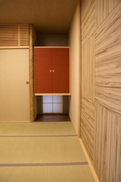 地下の和室 (KO邸/吹抜空間のある都心のコートハウス)