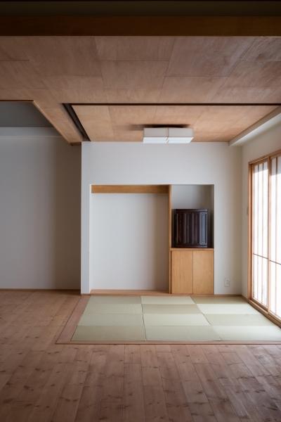 和室 (パントリーを備えたキッチンのある家:『杉田のリノベーションA』)